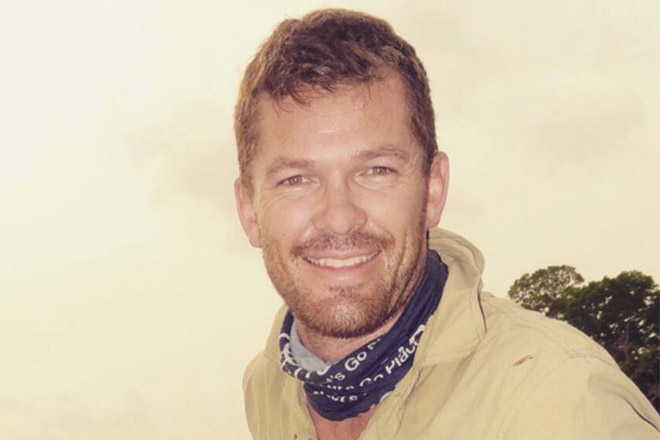 Div Pretorious - Professional Hunter at Chapungu-KamDiv Pretorius - Professional Hunter at Chapungu-Kambako Safarisbako Safaris